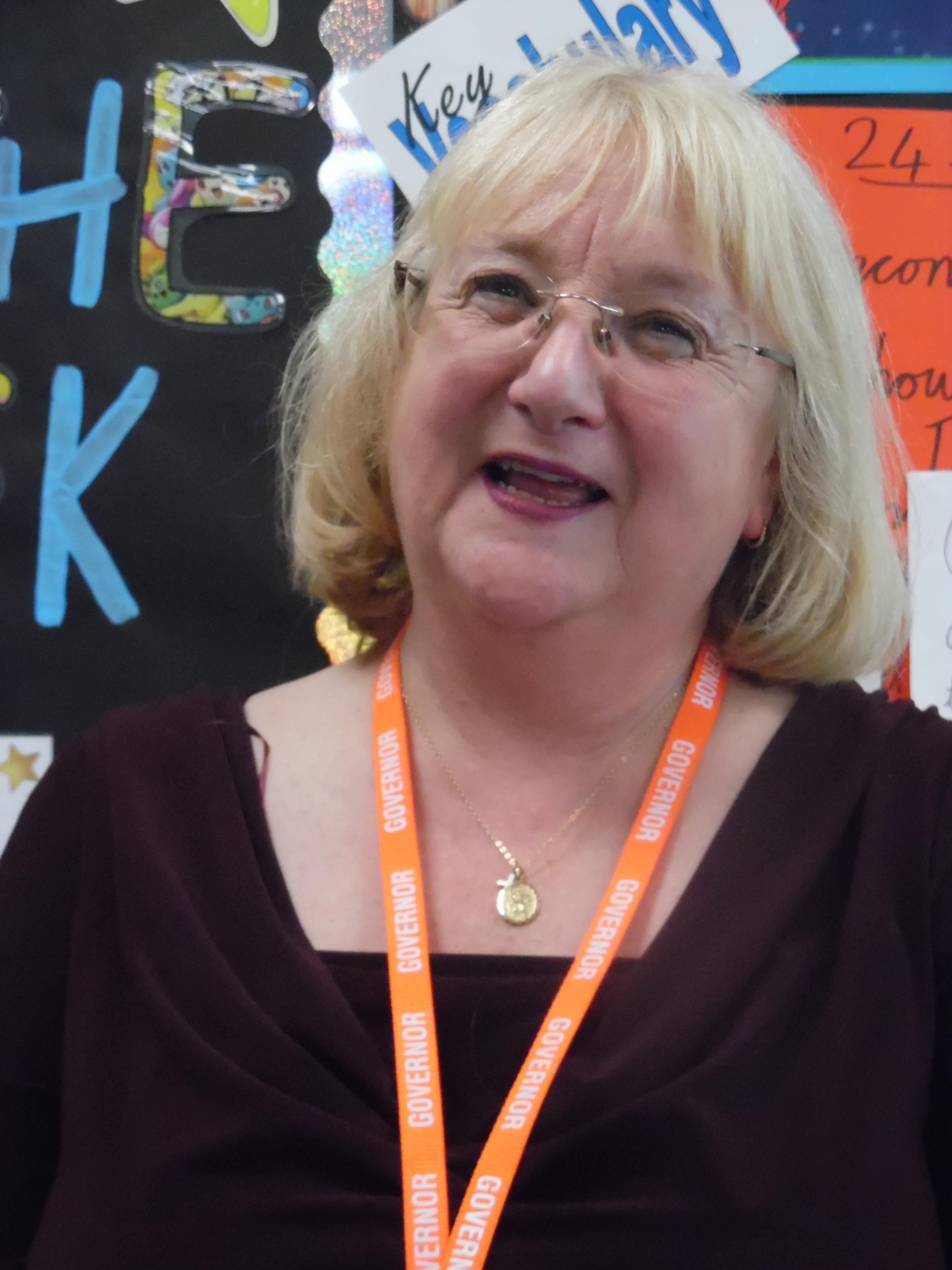 Mrs Lynn Bramhill